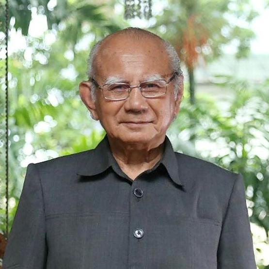 Prof. Dr. Emil Salim, MA